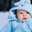 Zo bescherm je een baby tegen de kou in de winter